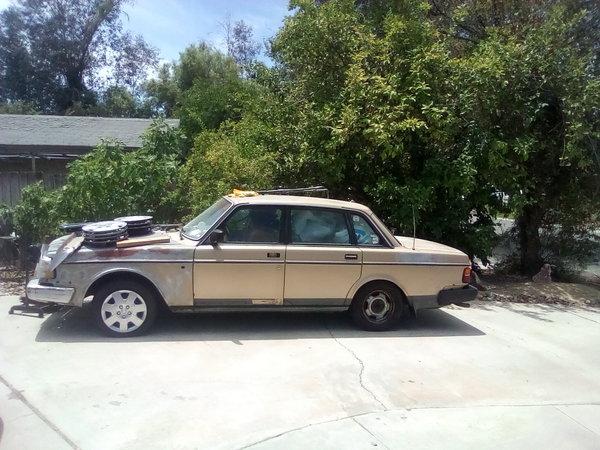 1988 Volvo 244DL $500