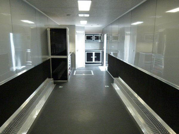 2022 34' VINTAGE PROSTOCK BATHROOM TRAILER