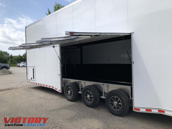 2020 Bravo 32' Aluminum Stacker with Escape Door