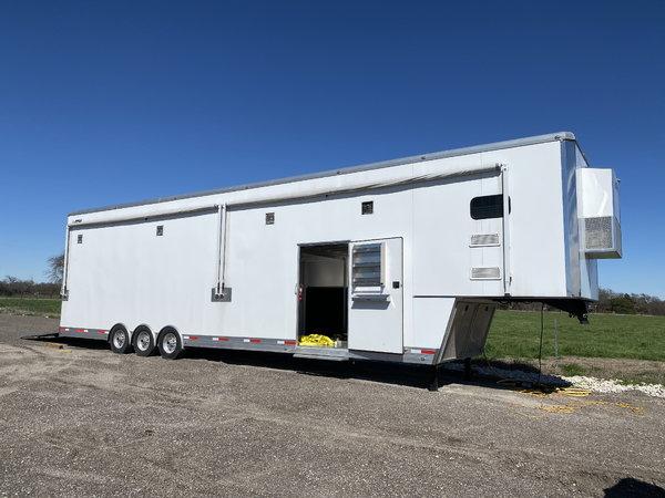 Stacker trailer