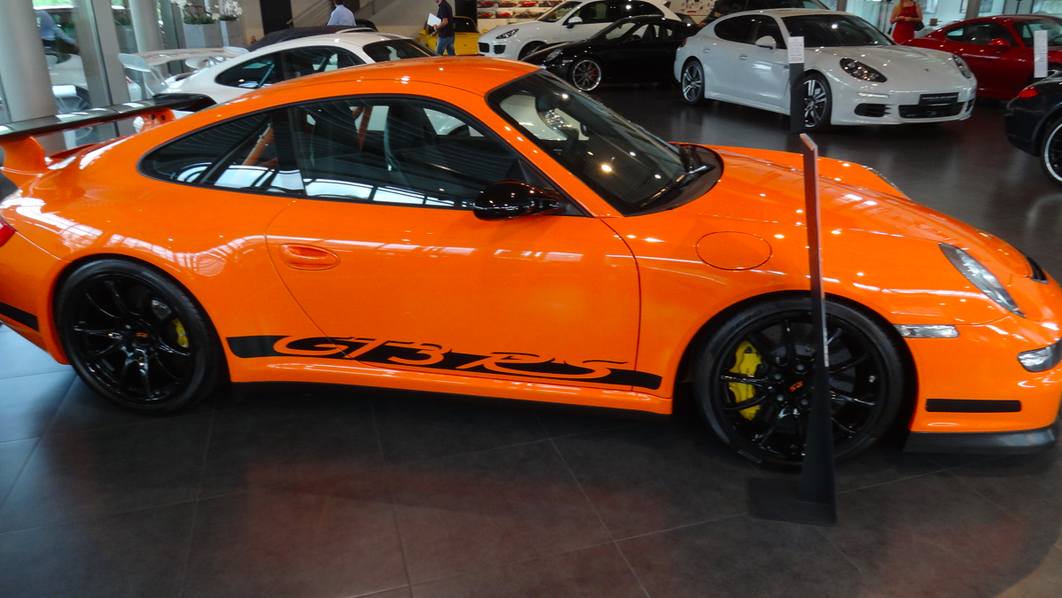 918 PTS GT3 RS Orange seen in NYC - Rennlist Discussion Forums