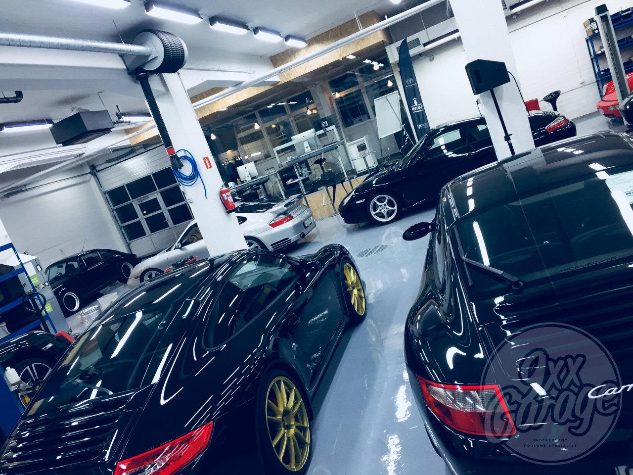 9xx Garage