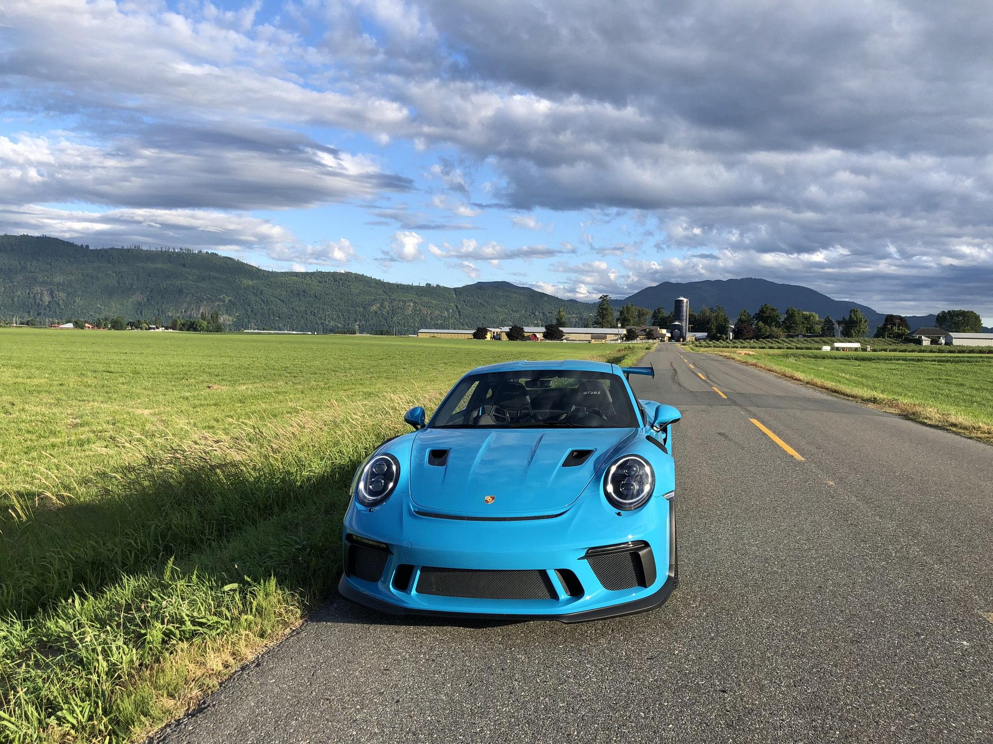 2019 Porsche GT3 RS Miami Blue with 900 miles - Rennlist ...