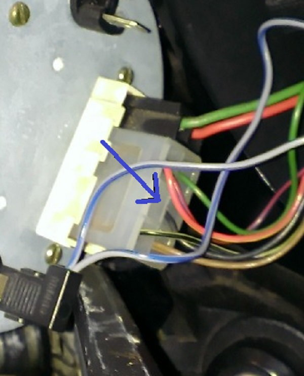 1983 944 Tachometer  Clock  And Loose Wires