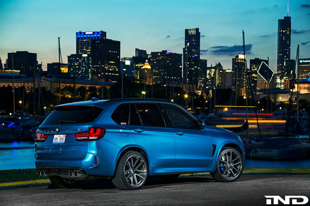 bmw x5 m blues in the windy city 6speedonline. Black Bedroom Furniture Sets. Home Design Ideas