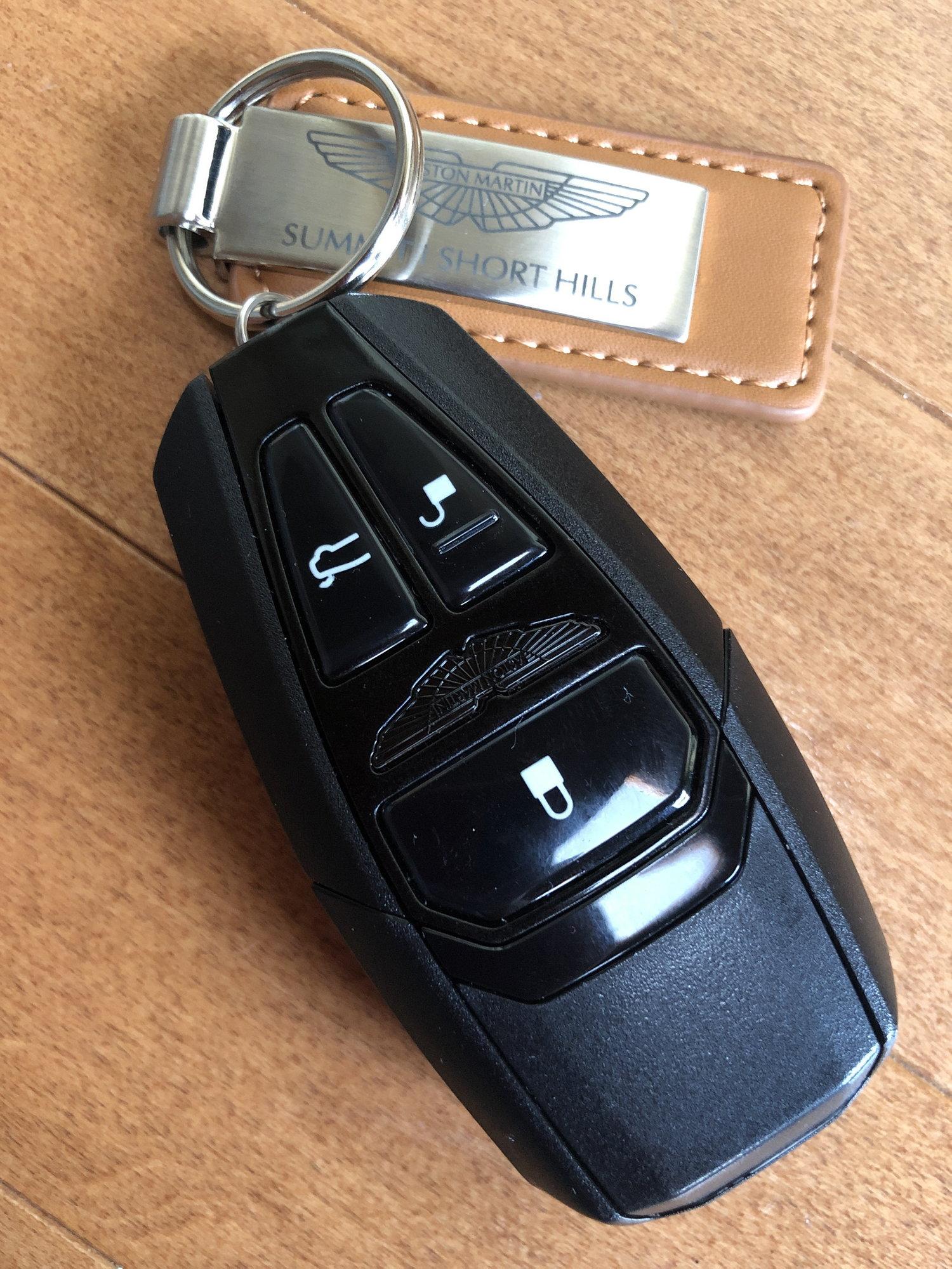 New Aston Martin Vantage Key 6speedonline Porsche Forum And Luxury Car Resource