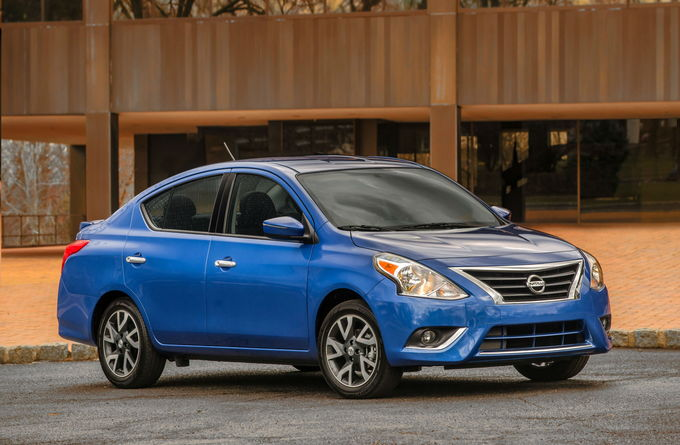 The Lowest Priced New Car Is None Other Than 2019 Nissan Versa It Delivers An Outstanding And Ealing Low Price But In Base Form Doesn T Offer