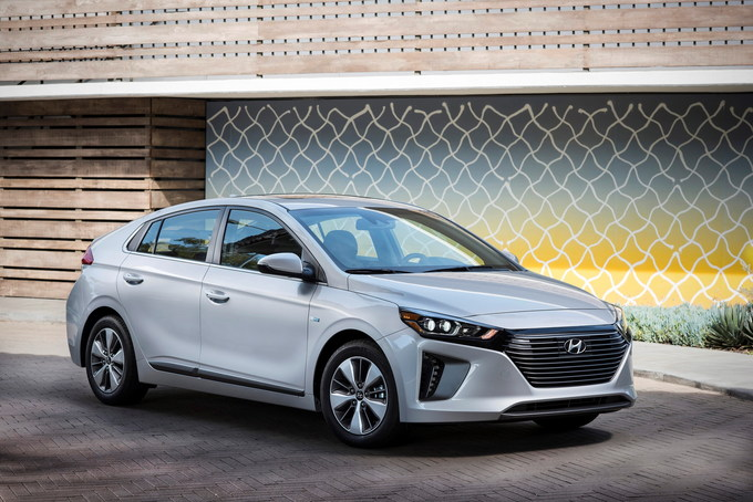 When It Comes To Plug In Hybrids The 2019 Hyundai Ioniq Hybrid Ranks Toward Top With Its Gasoline Fuel Economy A 1 6 Liter Four Cylinder
