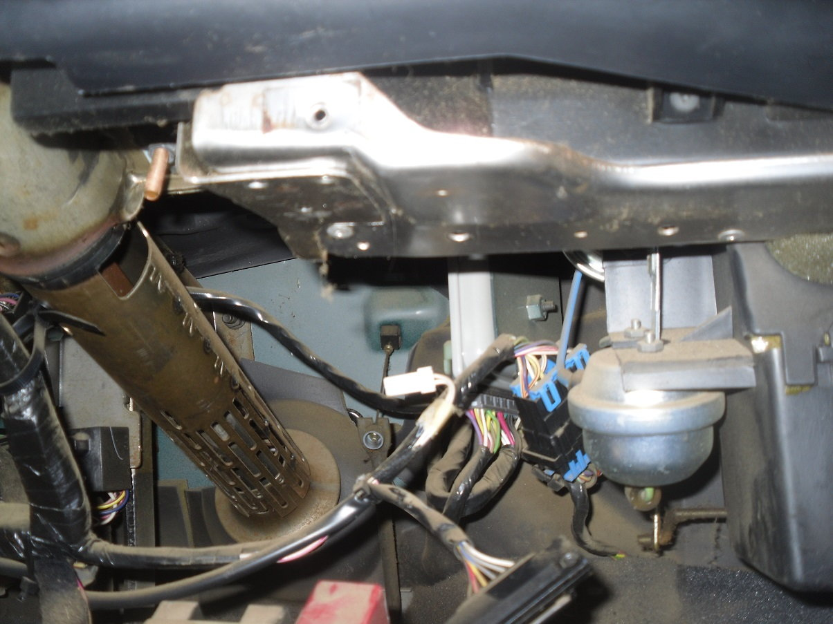 Underdash wiring, Where do these 2 plugs go? Picture - Jeep Cherokee ForumJeep Cherokee Forum