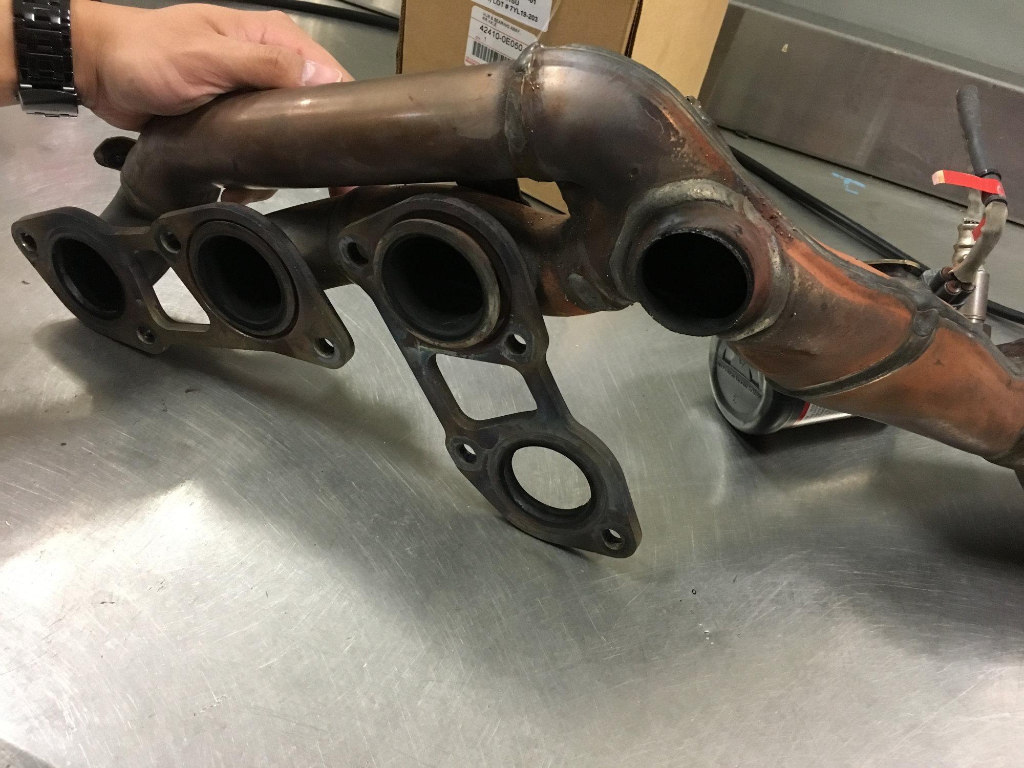 Crack in Exhaust Manifold    - ClubLexus - Lexus Forum