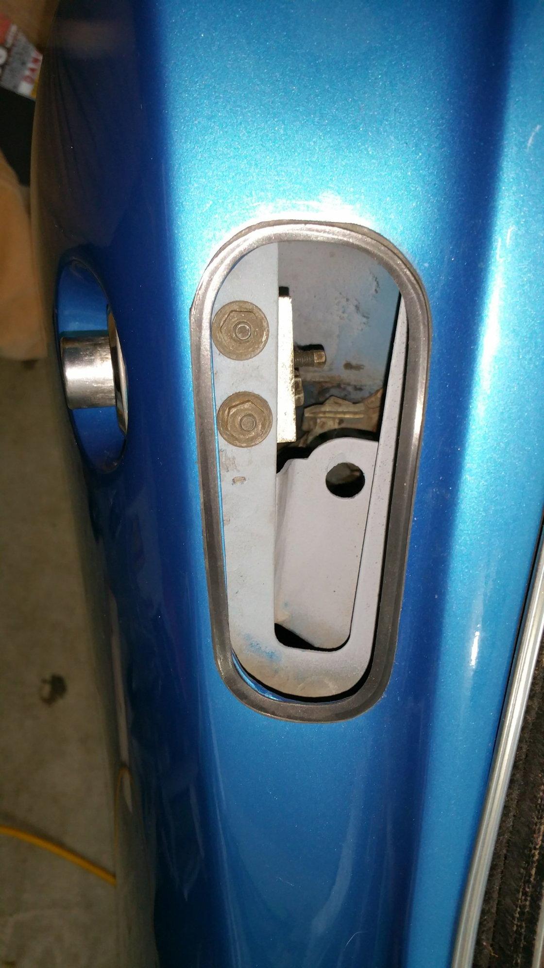 Removing 68 Push Button Door Release Corvetteforum