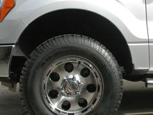 "MB Wheels Razor 17"" (Americas Tire house brand)"