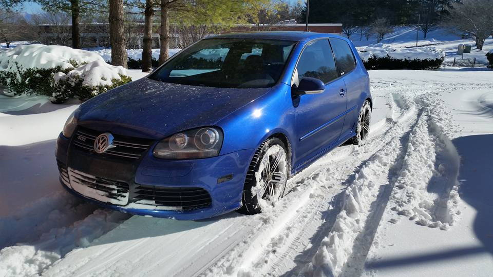 Would snow/ice in wheels cause bad vibration/shaking on highway