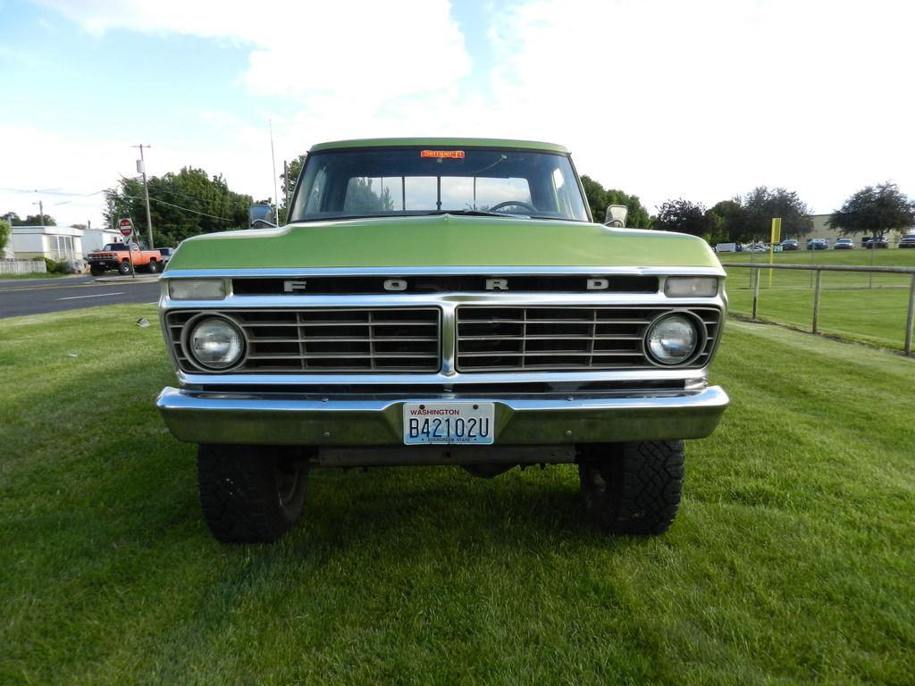 Http www ebay com itm 1973 1979 ford f series truck am fm stereo radio usa 230 200 watts aux input 121918110747 _trksid p2047675 c100005 m1851 _trkparms