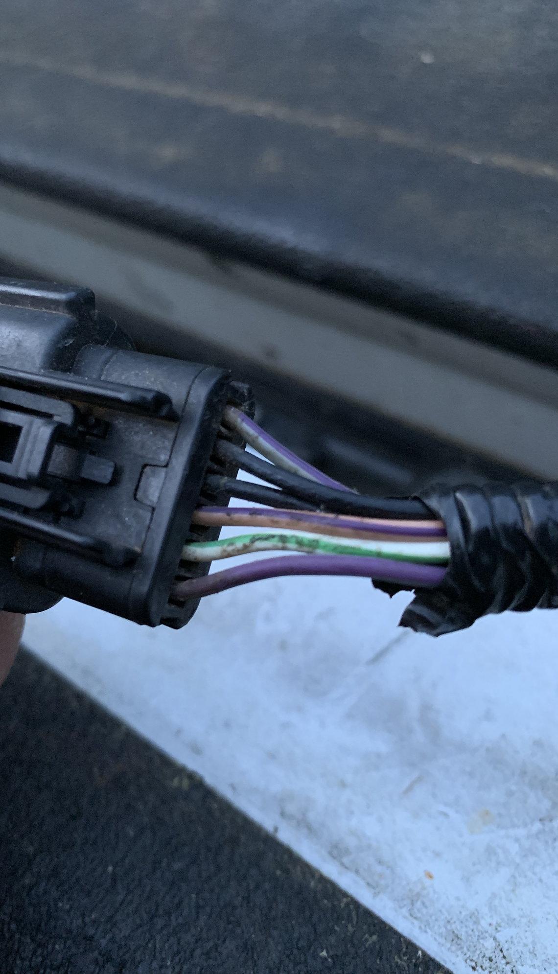 Backup Camera Wiring Help