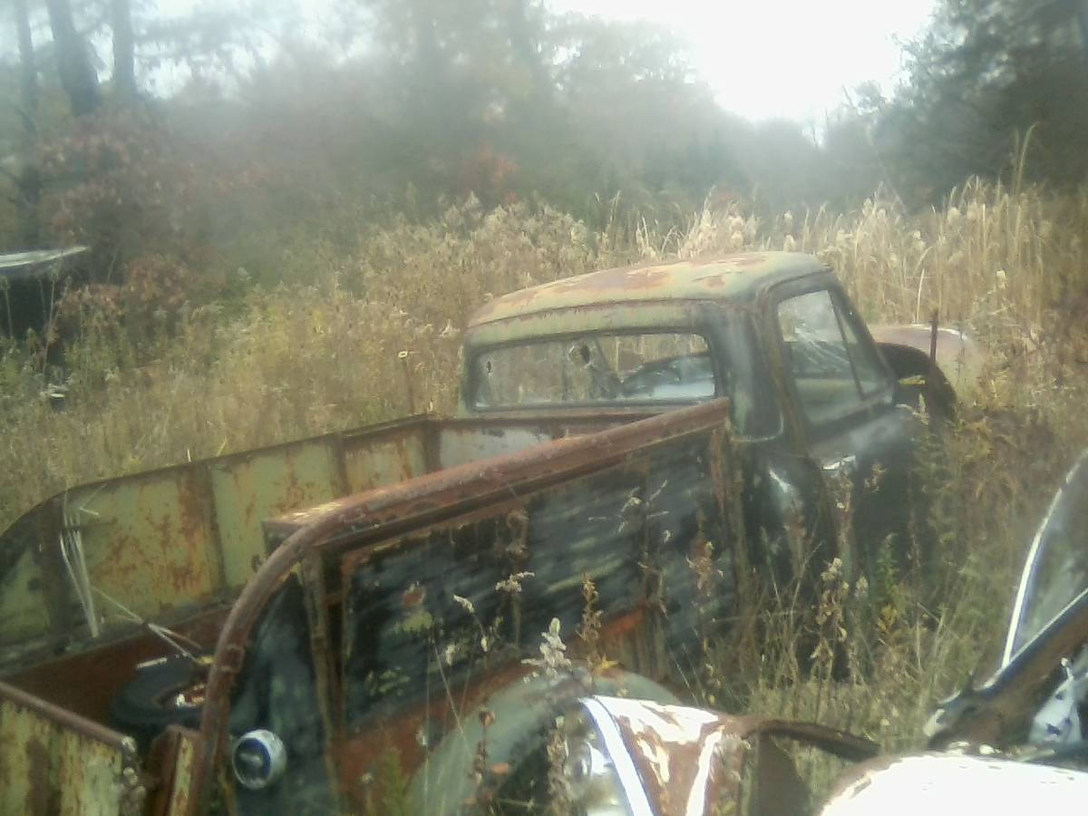 Interesting 53 find on Craigslist in PA - Ford Truck ...