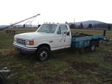 f450 1990 acquired for spare parts 7.3 diesel. rebuilt engine,runs great 124kmiles on rebuild, zf 5speed bad reverse synchro pops out of reverse