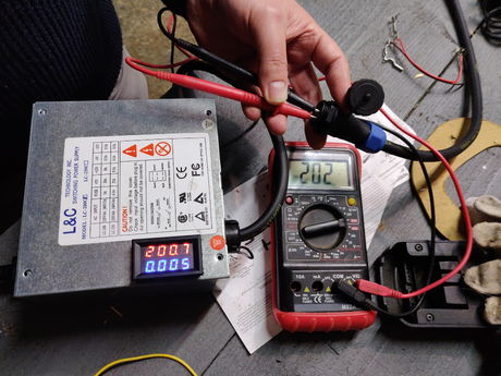 Testing voltage with harness vs display