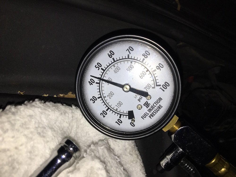 Fuel Pressure Regulator on an XJ8? - Jaguar Forums - Jaguar