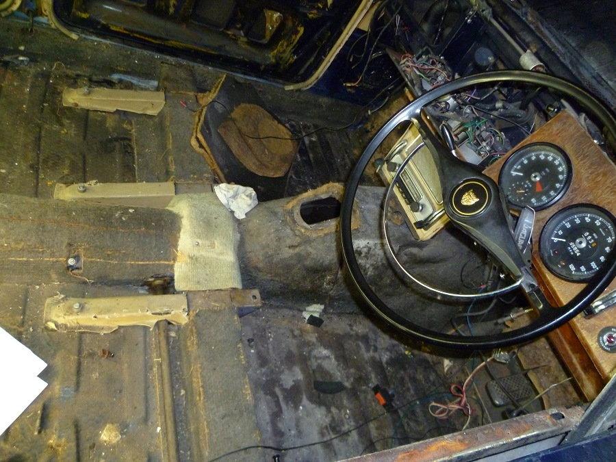 Fitting a modern stereo/sat nav to a MK II - Jaguar Forums