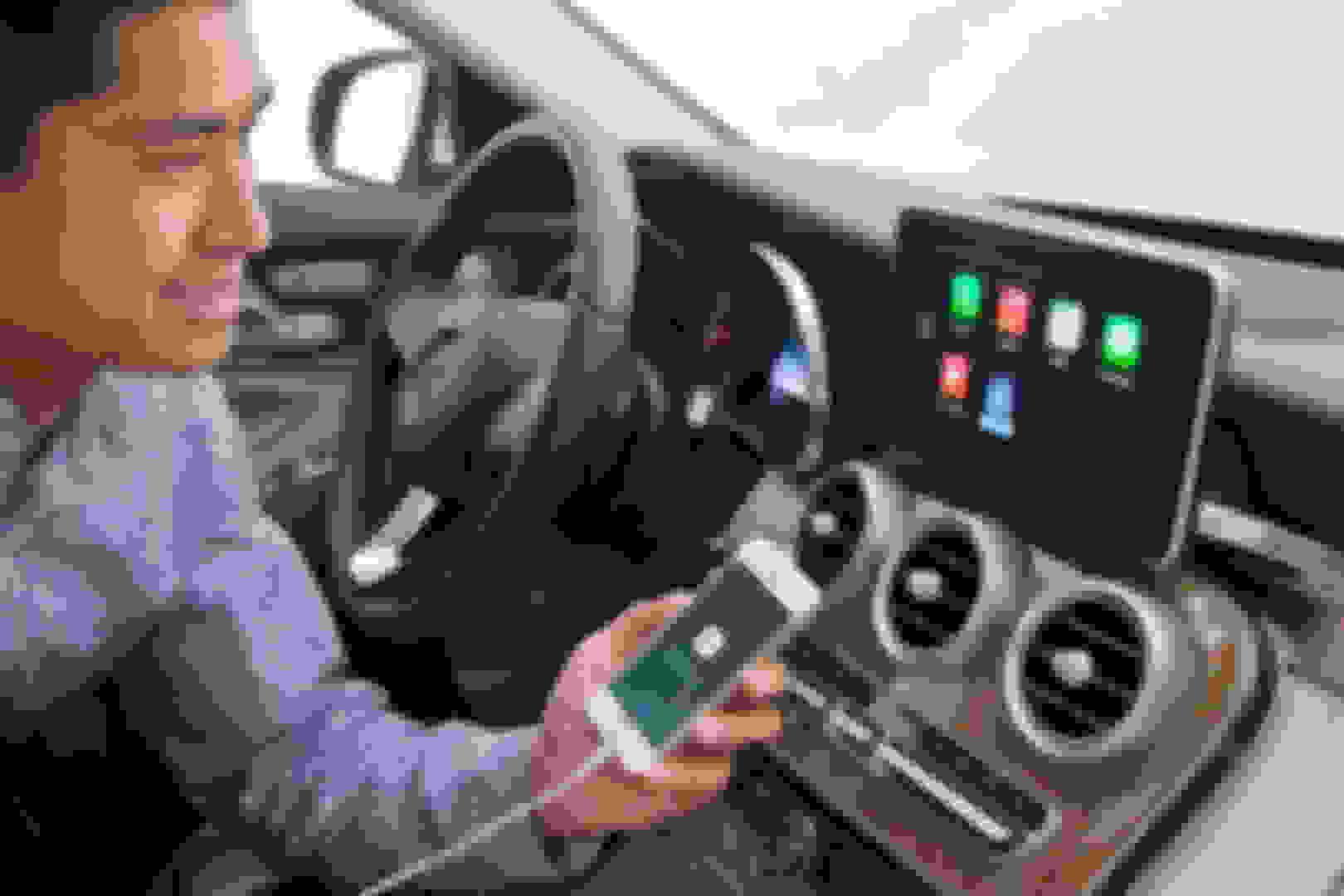 Retrofit CarPlay in W205 - Page 4 - MBWorld org Forums
