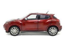 1:18 Scale Infiniti ESQ 2014 Red Diecast Model Car