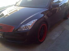 Red and black g37