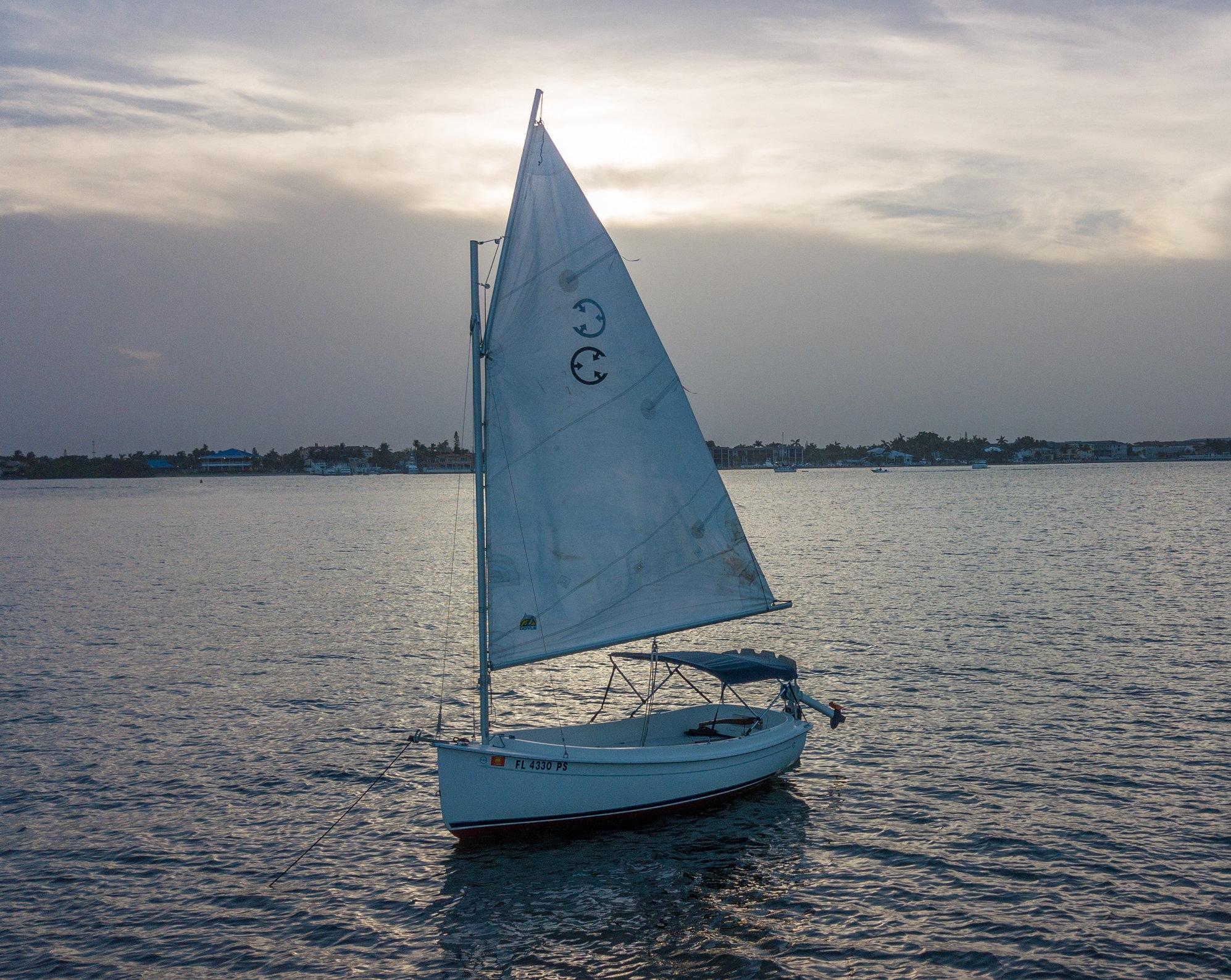2009 Com-Pac Yachts