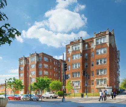 Awesome Image Of Paramount Apartments In Washington, DC