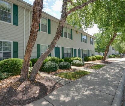 Reviews & Prices for Kings Ridge Apartments, Newport News, VA