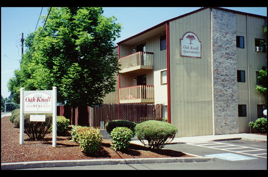 Oak Knoll Apartments Review - This property is great and