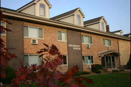 Reviews & Prices for University Manor Apartments, Cedar Falls, IA
