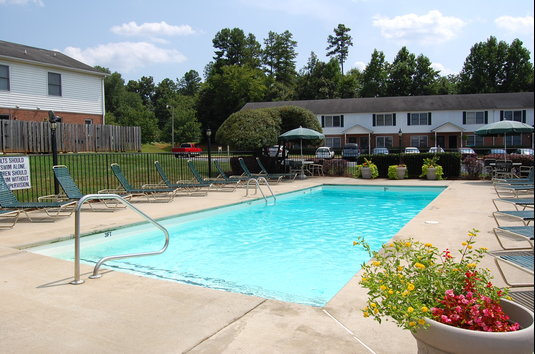 Reviews & Prices for Madison Abbey Court, Belmont, NC