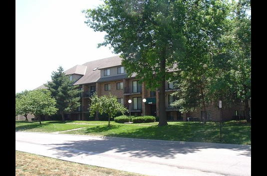 Reviews & Prices for Capitol View Apartments, Lincoln, NE