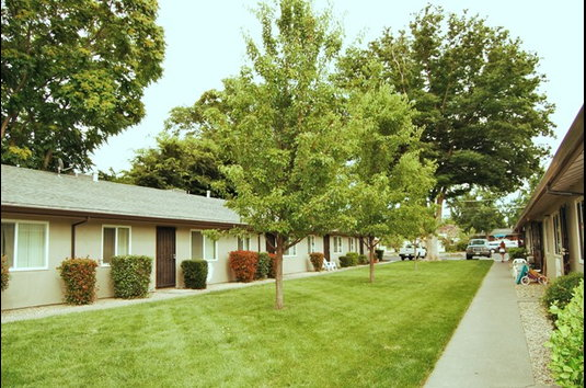 Image Of Woodside Garden Apartments In Chico Ca