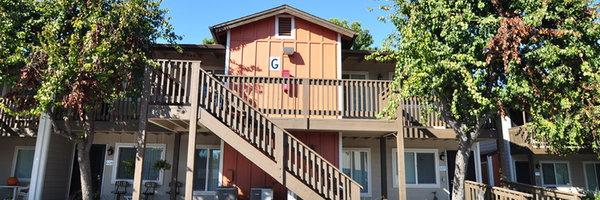 Village Grove Apartments