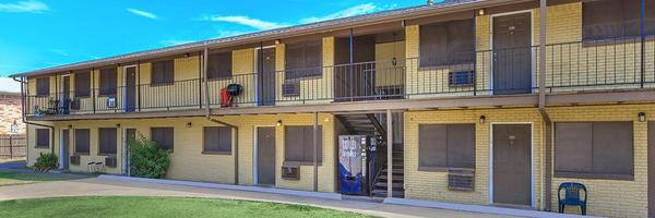 Cheyenne Apartments