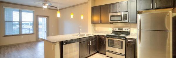 Hollister Oaks Apartments