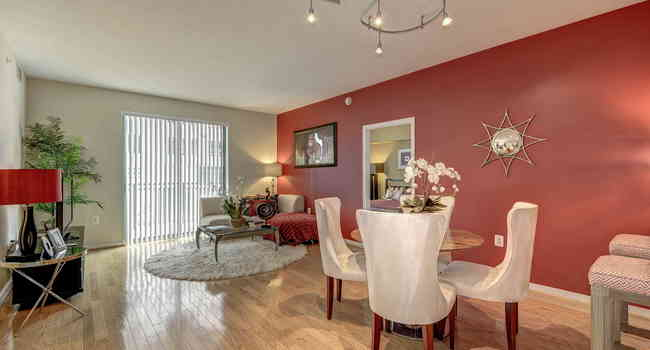 Pearson Square - 71 Reviews | Falls Church, VA Apartments