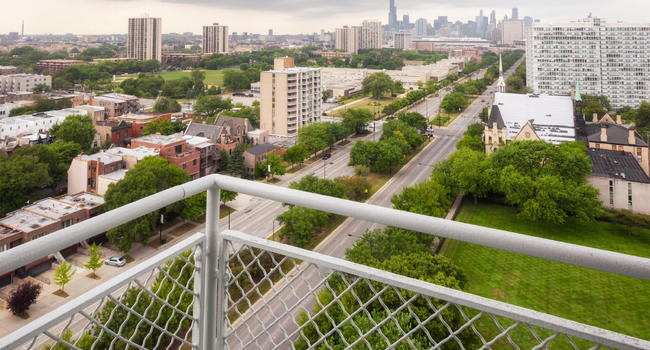 Image Of Lake Meadows In Chicago Il