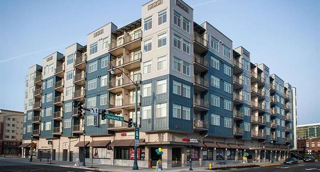 Elan Redmond Town Center Luxury Apartments