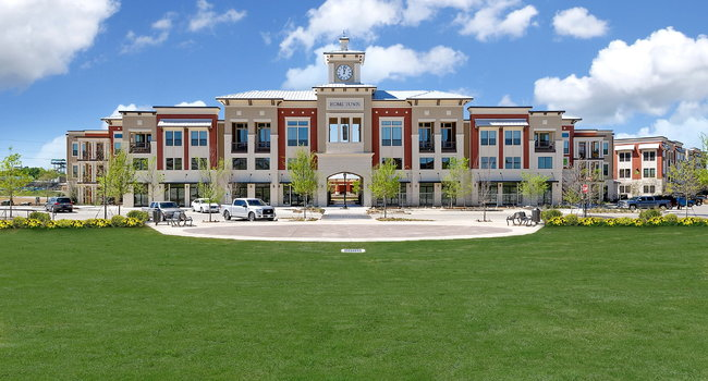 Dolce Living Home Town - 19 Reviews | North Richland Hills