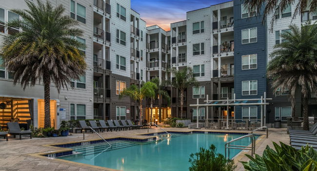 The Gallery at Mills Park Apartments - 64 Reviews ...