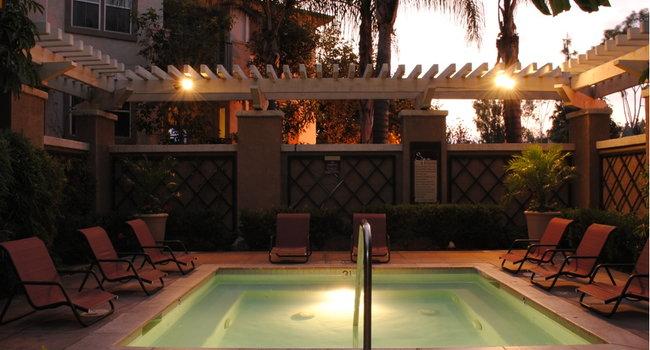 Amerige Pointe Apartments - 103 Reviews   Fullerton, CA
