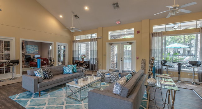 Image Of Timber Mill Apartments In The Woodlands Tx