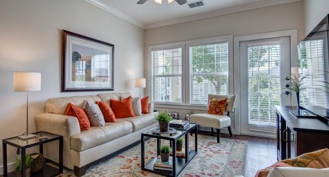 dorel laredo apartments 68 reviews laredo tx apartments for rent apartmentratings. Black Bedroom Furniture Sets. Home Design Ideas