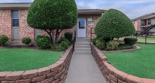 DISCOVER THE MARINE PARK APARTMENTS IN FORT WORTH, TX
