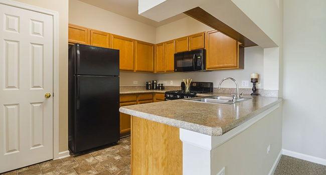 Remington Apartments 53 Reviews Romeoville Il For Rent Apartmentratings C