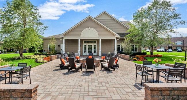 Franklin Commons Apartments - 361 Reviews | Bensalem, PA ...