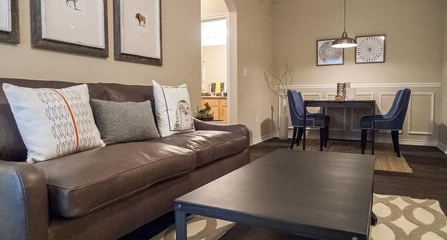 Groovy City Parc At Keller Apartments 266 Reviews Keller Tx Home Interior And Landscaping Spoatsignezvosmurscom
